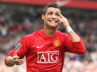 Ronaldo từng bị bắt nạt khi mới đến Manchester United