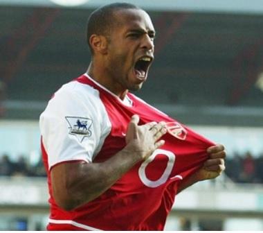 Thierry Henry là cầu thủ ghi nhiều bàn thắng nhất mọi thời đại của Arsenal